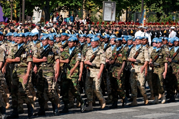 UN_battalion_Bastille_Day_2008_n2